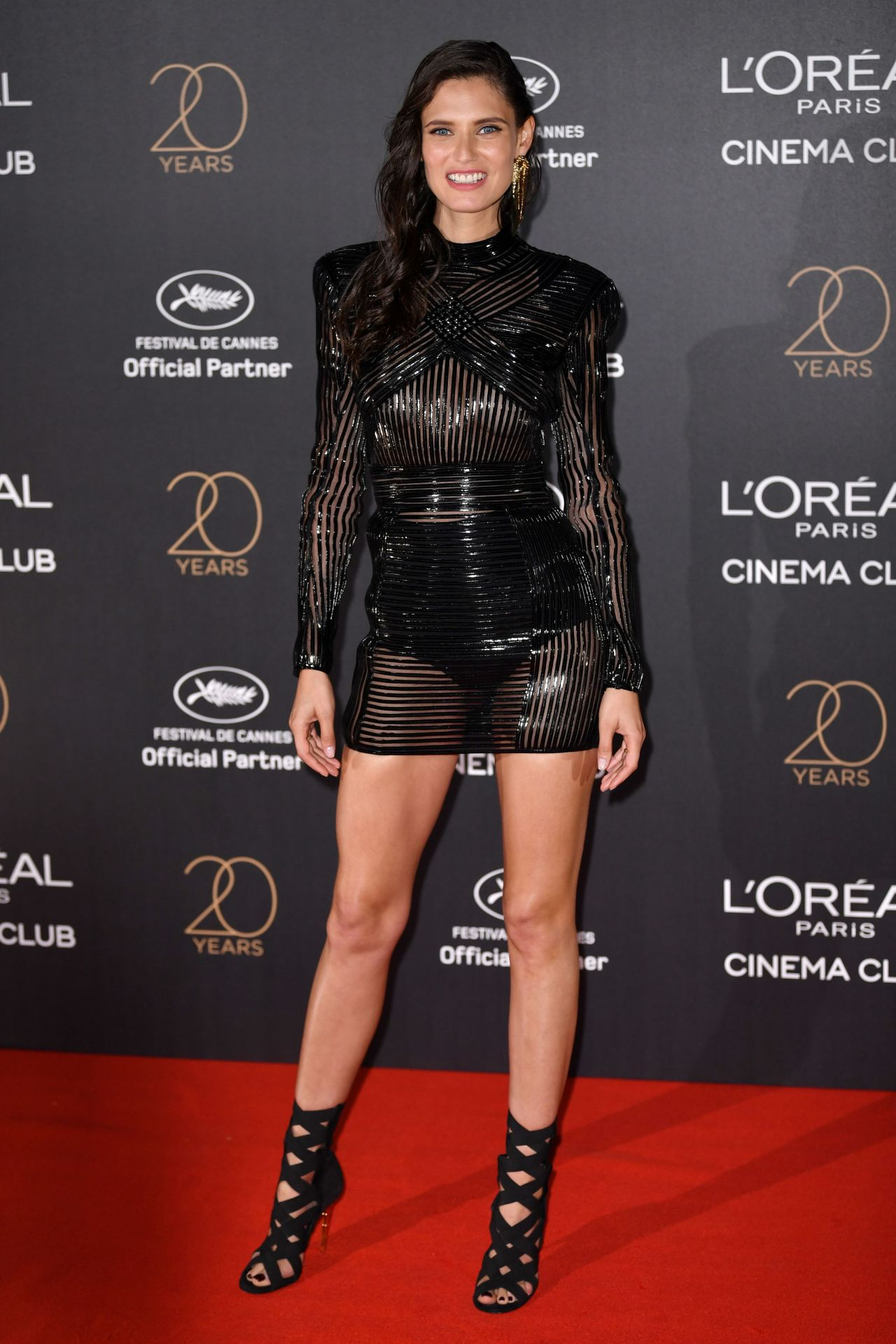 bianca-balti-on-red-carpet-l-oreal-20th-anniversary-party-in-cannes-05-24-2017-1